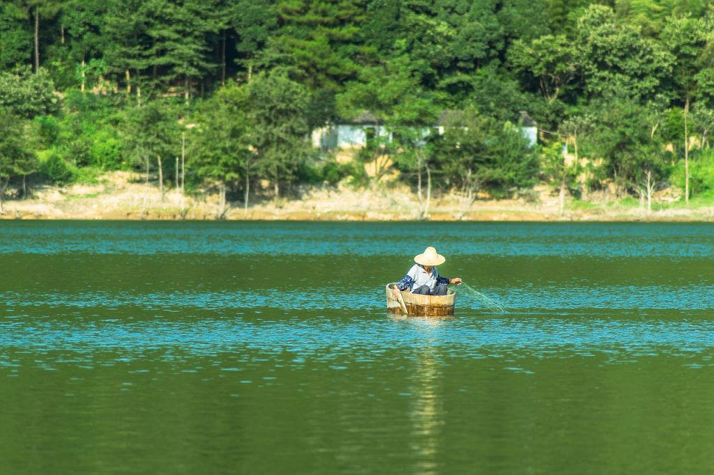 Lake Water Woodden Boat Fishman  - anishikiya / Pixabay
