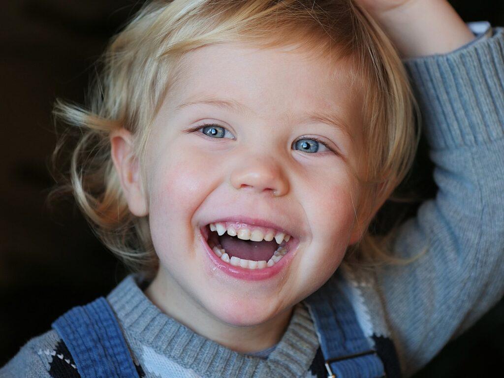 Laugh Joy Baby Funny Happy  - AmrThele / Pixabay