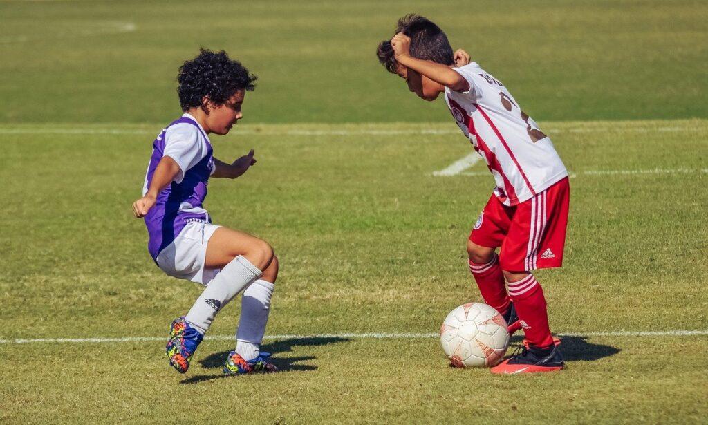Little Boys Football Soccer Ball  - dimitrisvetsikas1969 / Pixabay