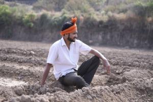 Man Agriculture Resting Sitting  - rajbhor52 / Pixabay