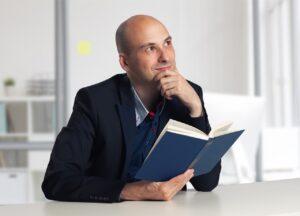 Man Book Thinking Reading Pensive  - StanislavKondrashov / Pixabay