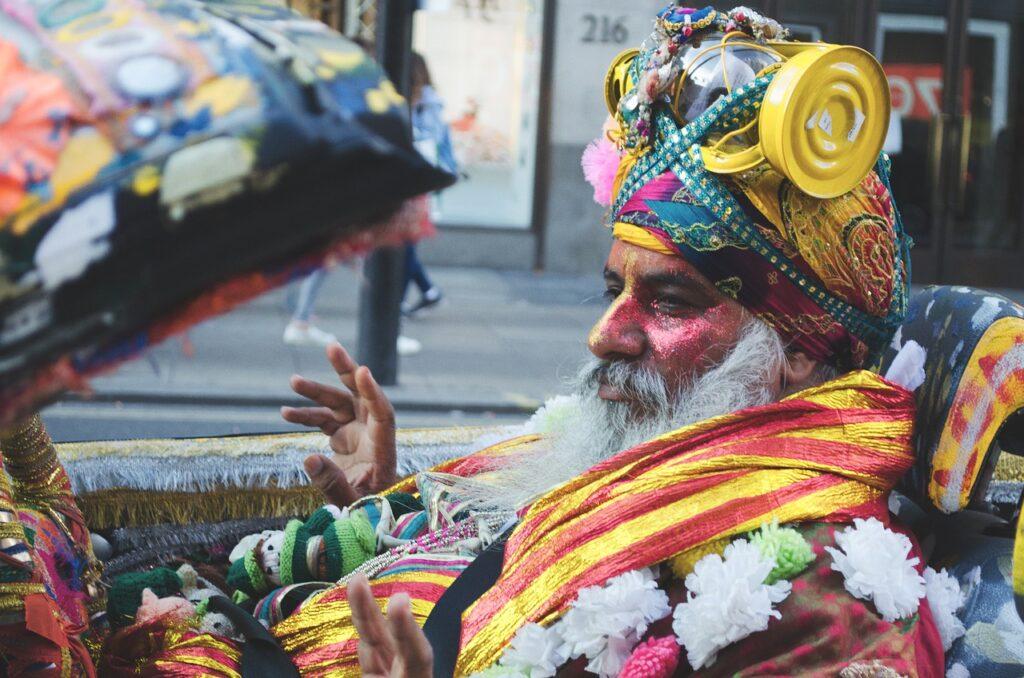 Man Costume Parade Beard Kala Kala  - benja79 / Pixabay
