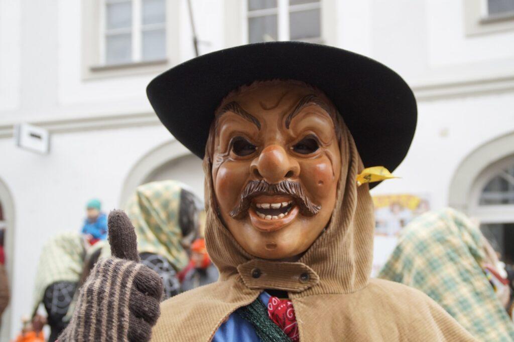 Man Human Person Portrait Face  - Efraimstochter / Pixabay