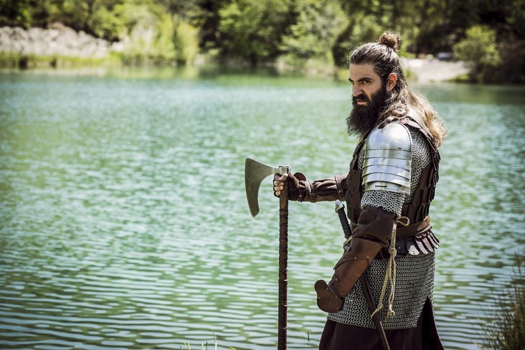 Man Knight Warrior Axe Armor  - GioeleFazzeri / Pixabay