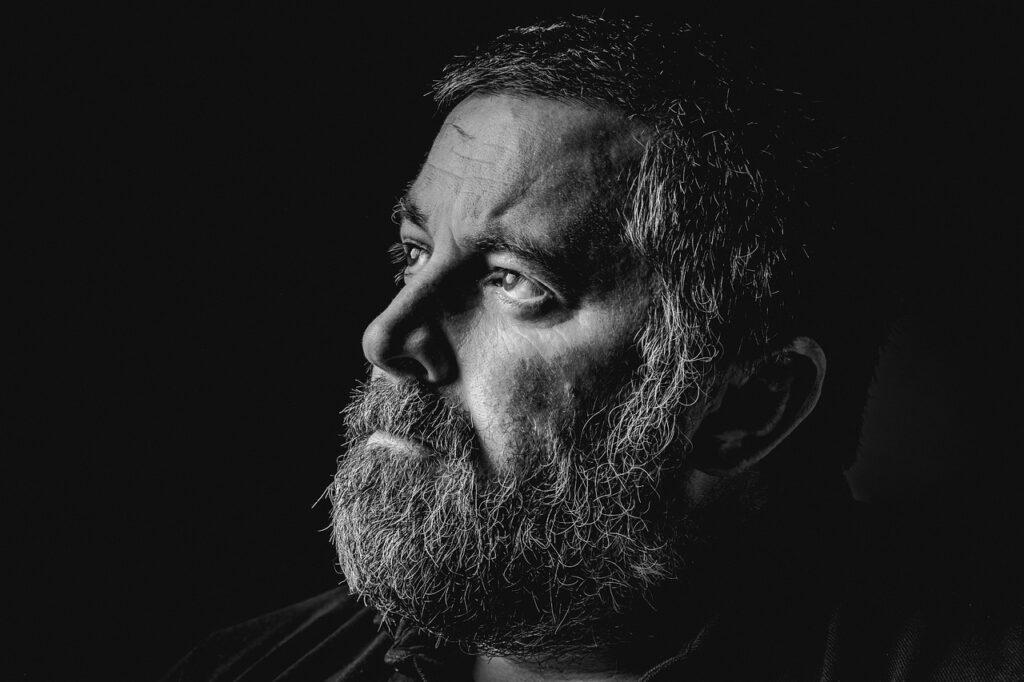 Man Portrait Male Adult Guy Beard  - leemurry01 / Pixabay