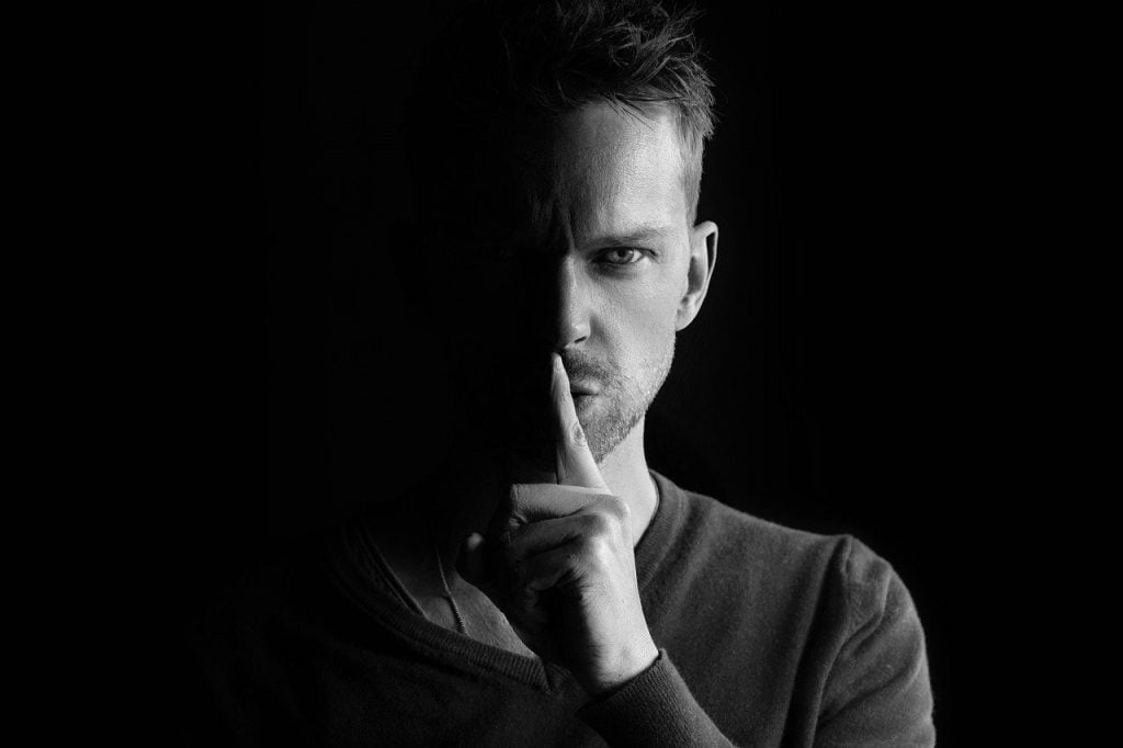 Man Secret Face Mysterious Whisper  - SamWilliamsPhoto / Pixabay