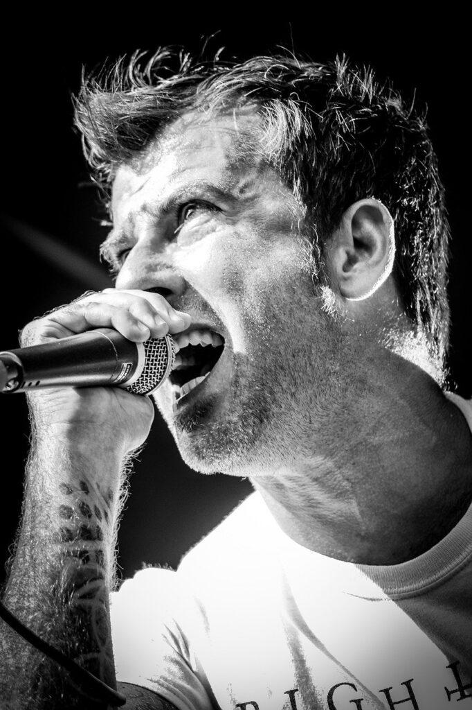 Man Singer Musician Stage Band  - sabena206 / Pixabay