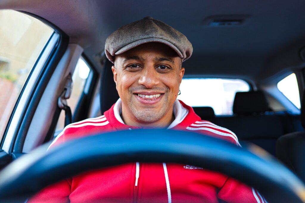 Man Smile Driving Driver  - omisido / Pixabay