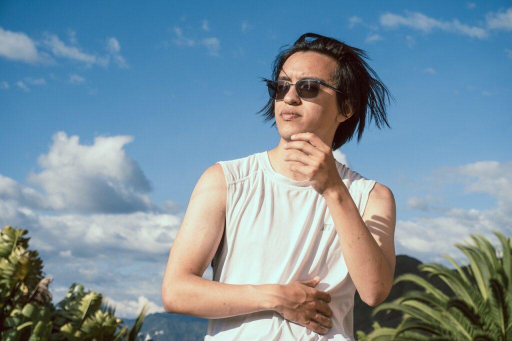 Man Young Sunglasses Posing Sunny  - ces4rcadenacortes / Pixabay