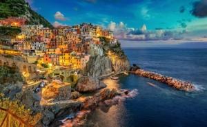Manarola Cinque Terre Italy Coast  - Julius_Silver / Pixabay