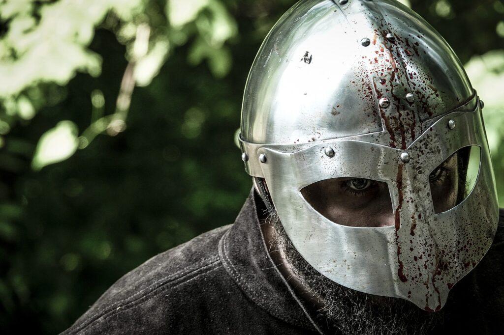 Medieval Knight Warrior Man Armor  - GioeleFazzeri / Pixabay