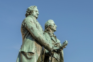 Monument Figure Statue Sculpture  - FinjaM / Pixabay