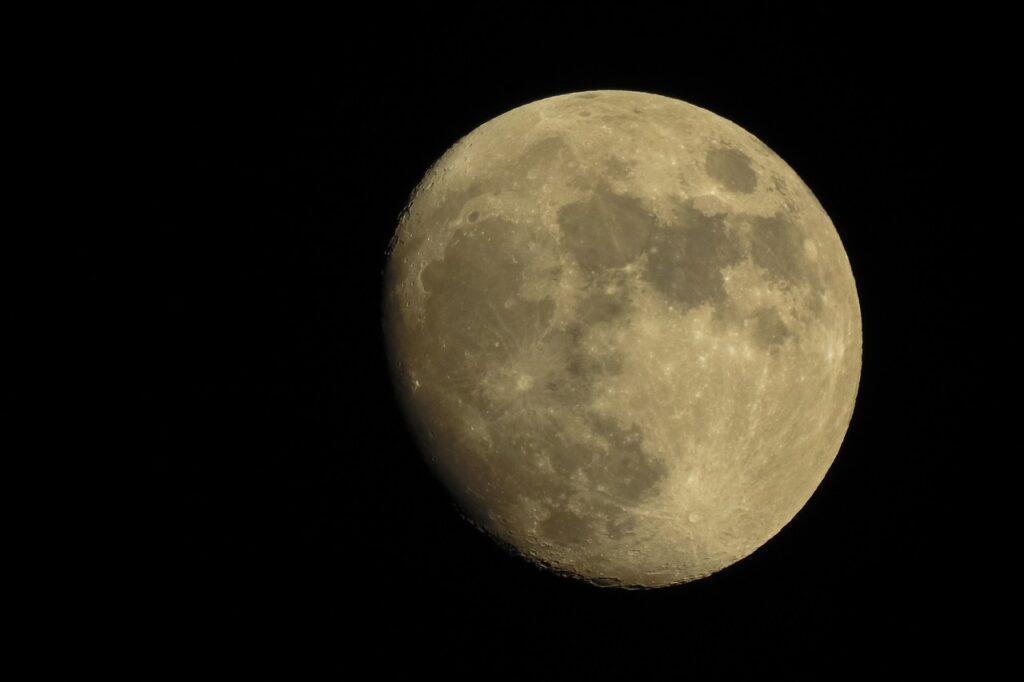 Moon Sky Night Space Astronomy  - dimitrisvetsikas1969 / Pixabay