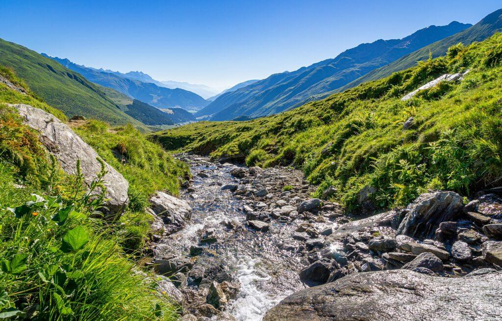 Mountain Stream Water Rhine Stones  - Sonyuser / Pixabay