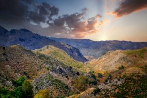 Mountains Mountain Range Sky Clouds  - fietzfotos / Pixabay