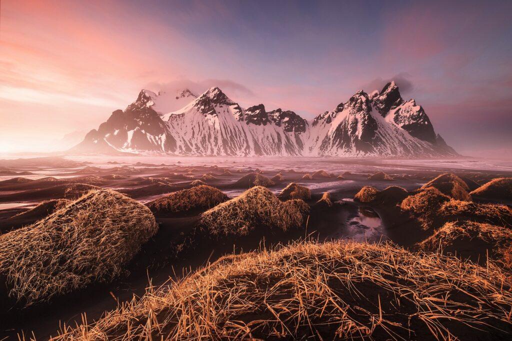 Mountains Nature Sunrise Rocks  - jivarobash / Pixabay