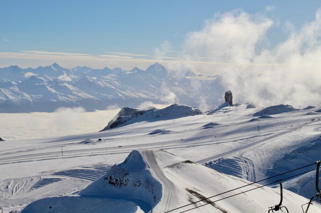 Mountains Snow Landscape Alpine  - acpresse52 / Pixabay