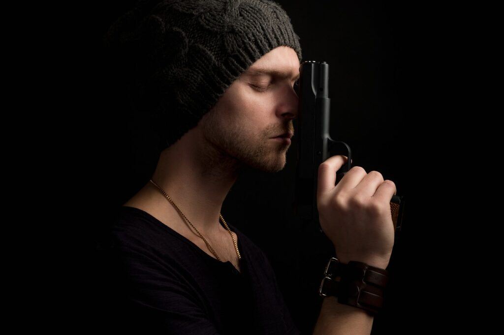 Mysterious Gangster Gun Mafia Spy  - Sammy-Williams / Pixabay