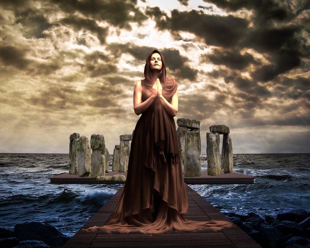 Mystical Magical Woman Lady  - prettysleepy1 / Pixabay