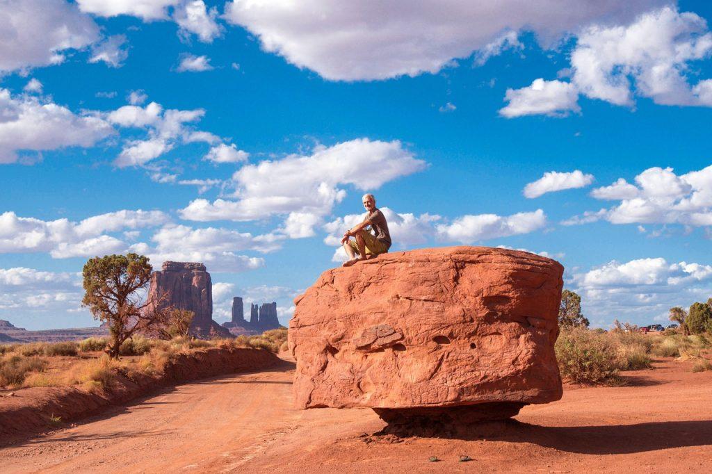 Navajo Indian Arizona Desert Usa  - peterperhac / Pixabay