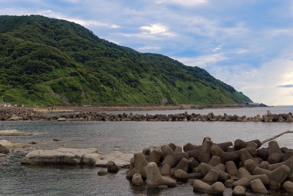 Ocean Sea Beach Mountains Coast  - dep377 / Pixabay