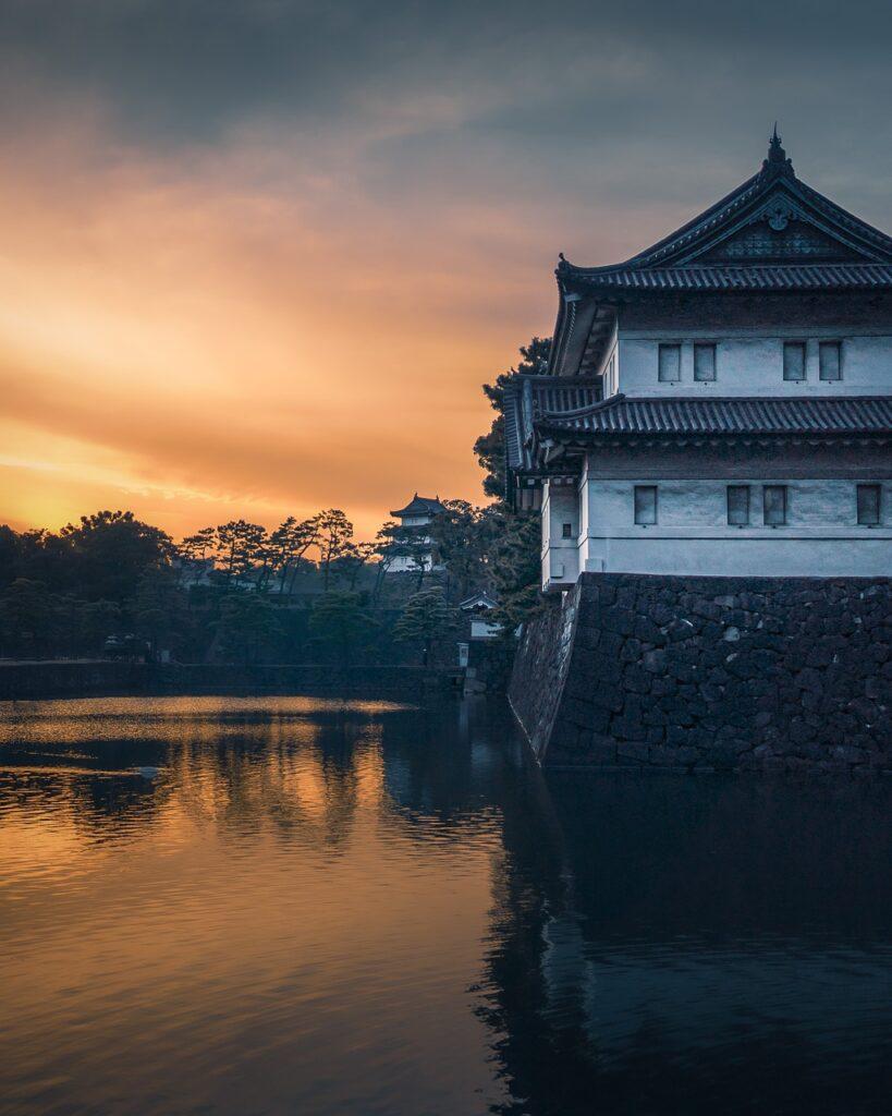 Palace Lake Sunset Water  - pierre9x6 / Pixabay