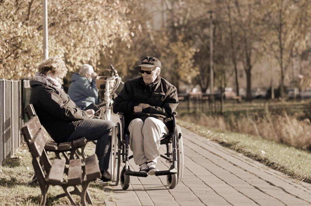 People Age Woman Seated Bank Man  - Candid_Shots / Pixabay