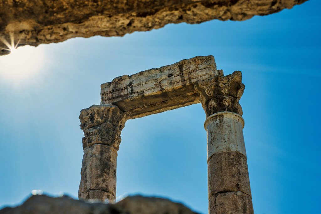Pillars Ruins Columns Architecture  - Hisham_Zayadnh / Pixabay