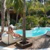 Pool Palm Hotel Resort Vacation  - alinachereches / Pixabay