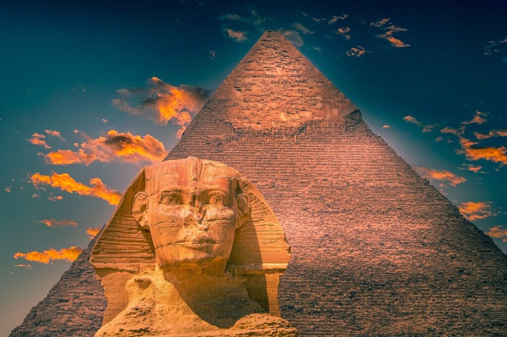 Pyramid Sphinx Monument Ancient  - TheDigitalArtist / Pixabay