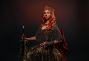 Queen Sword Middle Ages Portrait  - Victoria_Borodinova / Pixabay