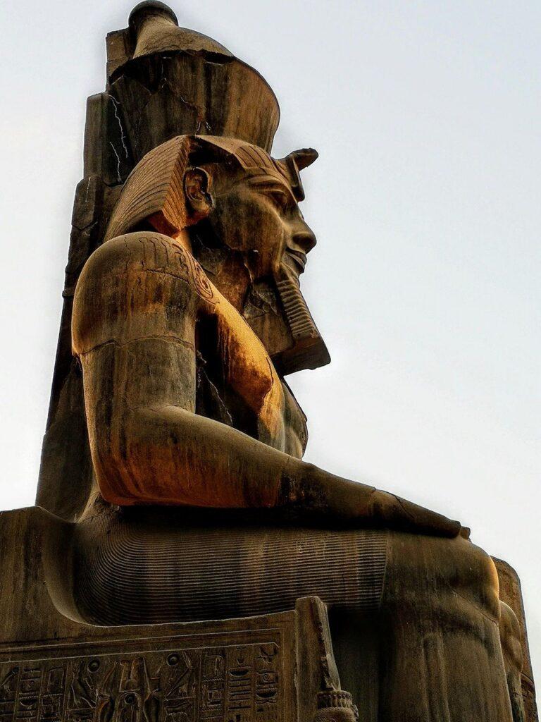 Ramses Pharaoh The Throne Egypt  - rottonara / Pixabay