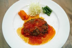 Restaurant Western Food Meal Food  - takedahrs / Pixabay