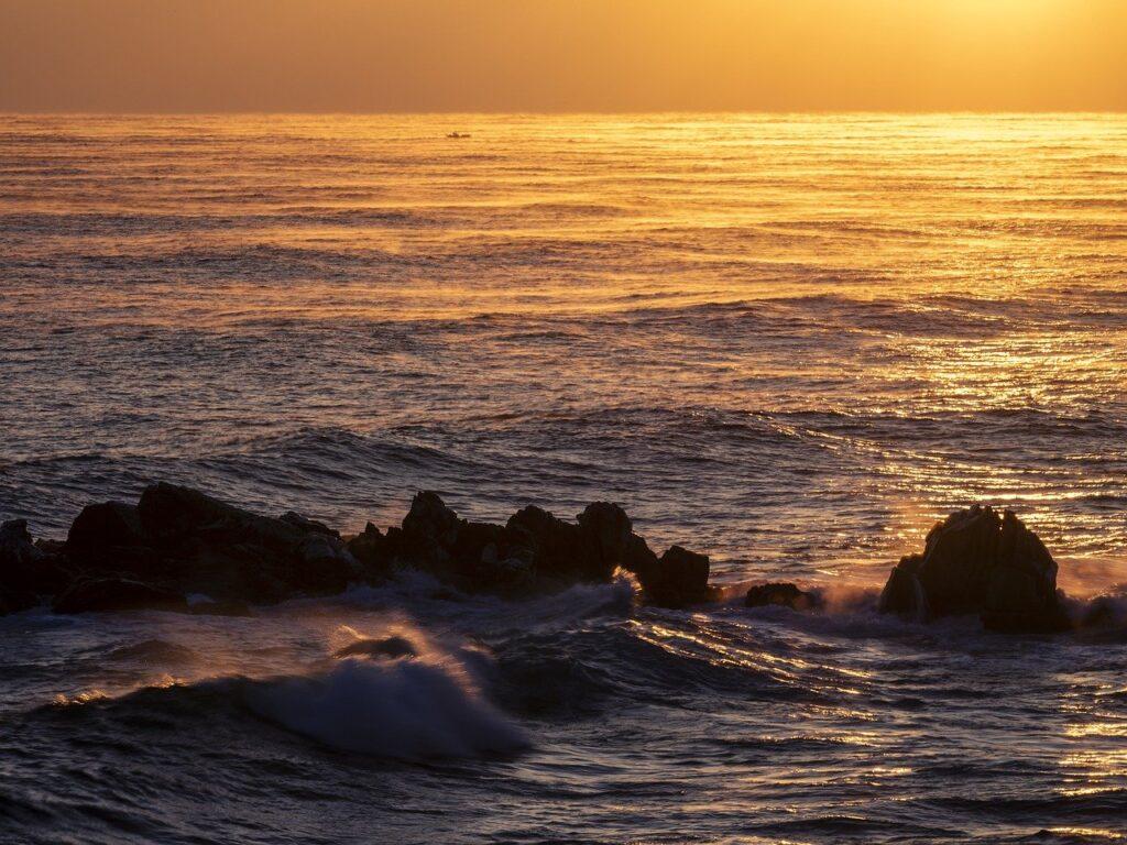 Sea Japan Sea Waves Landscape  - 김경복 / Pixabay