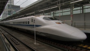 Shinkansen Express Train Japan  - PeterW1950 / Pixabay