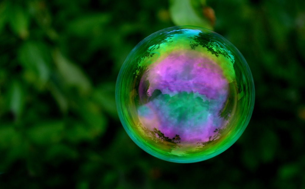 Soap Bubble Bullet Round Blow Toy  - neelam279 / Pixabay