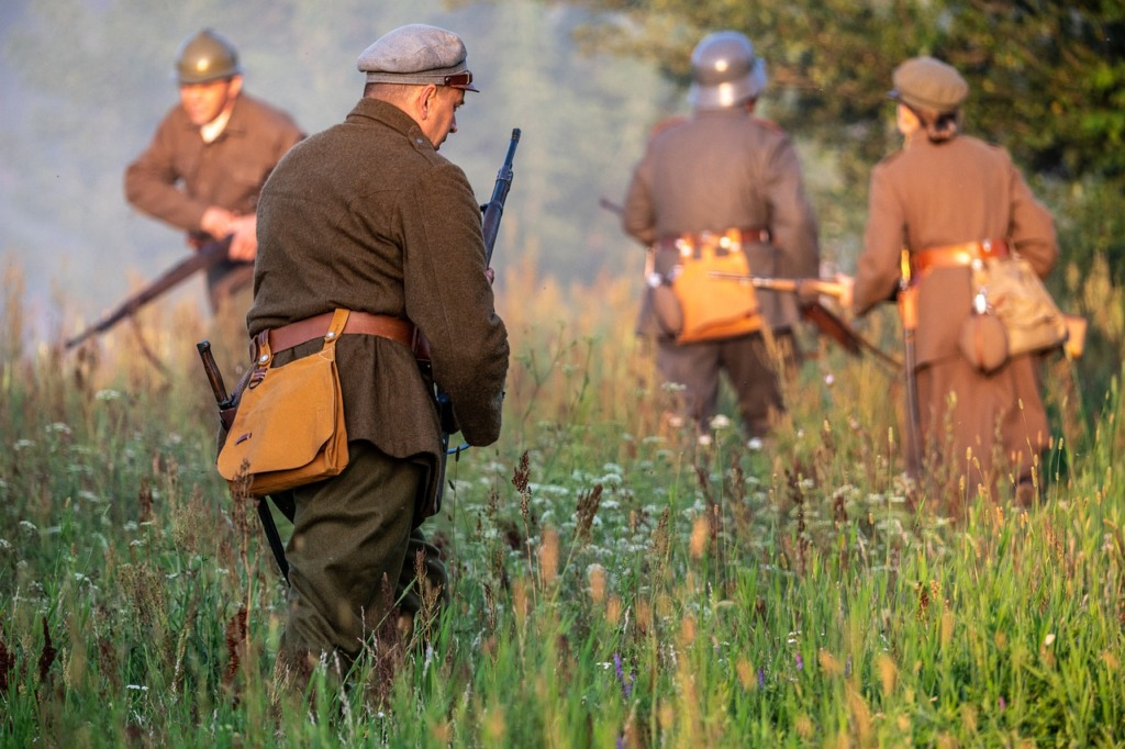 Soldiers Battle War History  - PiotrZakrzewski / Pixabay