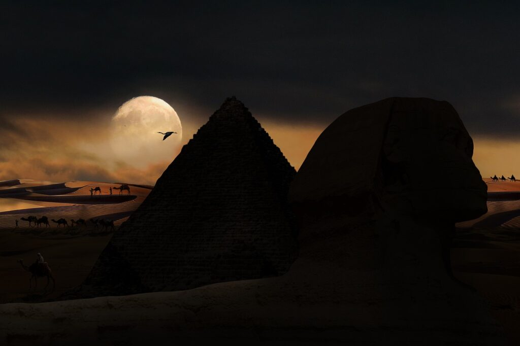 Sphinx Pyramid Night Silhouette  - blende12 / Pixabay