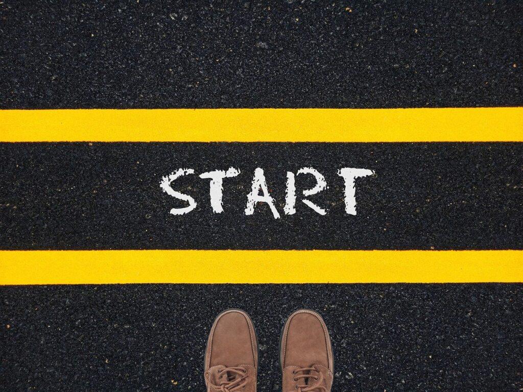 Start Feet Road Challenge Courage  - Tumisu / Pixabay