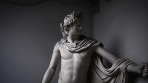 Statue Art Antique Mythology Greek  - VladMamai / Pixabay