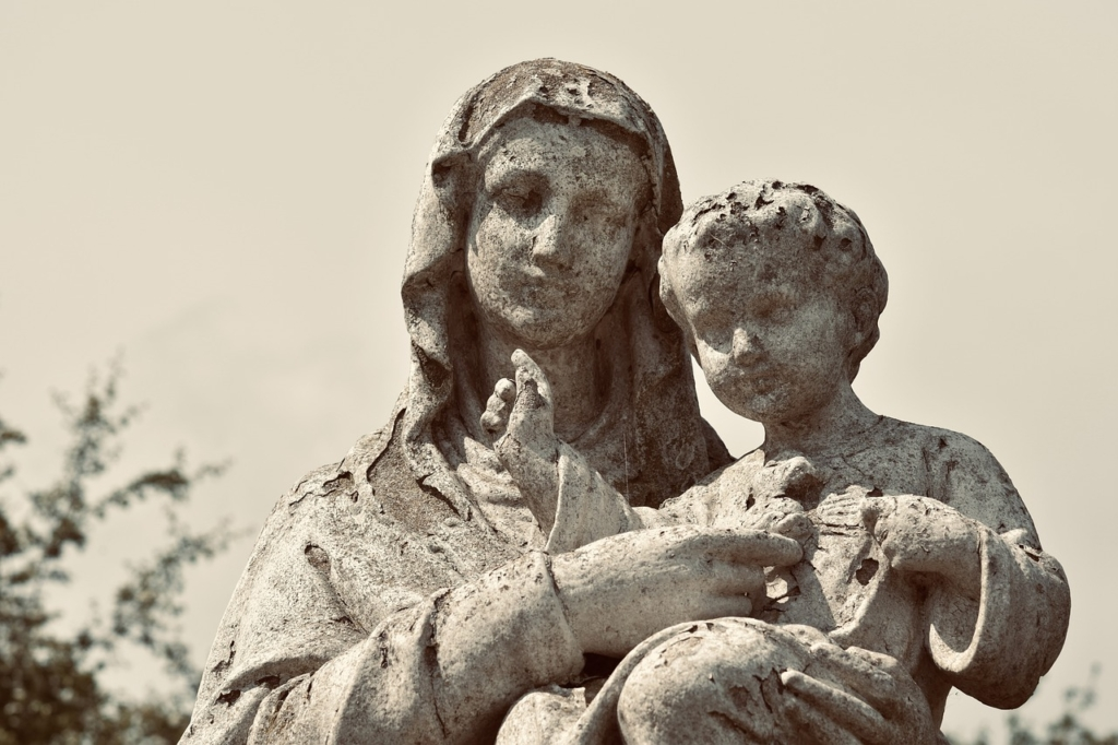 Statue Sculpture Holy Virgin Mary  - JACLOU-DL / Pixabay