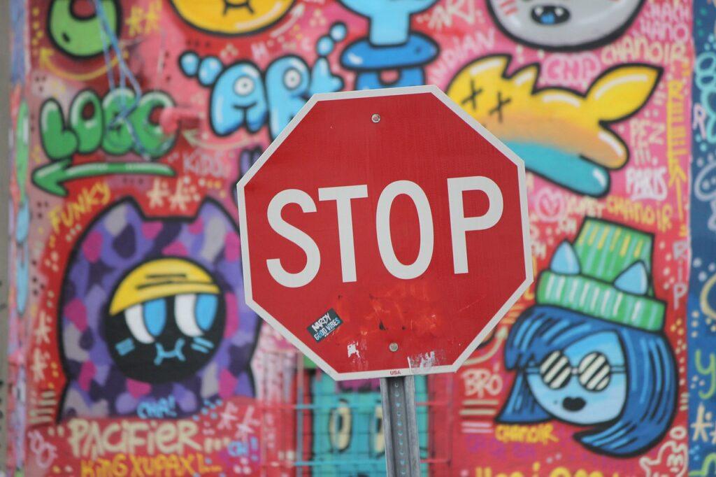 Stop Signal Graffiti Red Traffic  - mariann72 / Pixabay