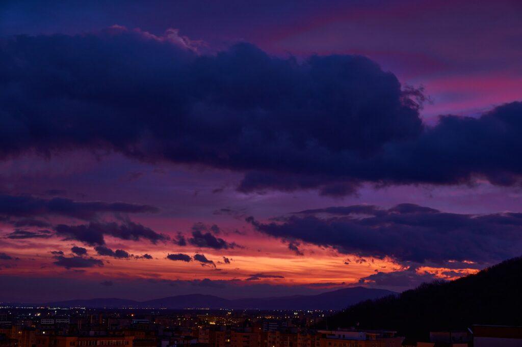 Sunset City Cityscape Skyling  - ncsmnd / Pixabay