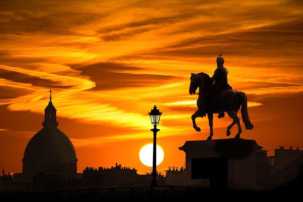 Sunset Monument Silhouette Building  - dendoktoor / Pixabay
