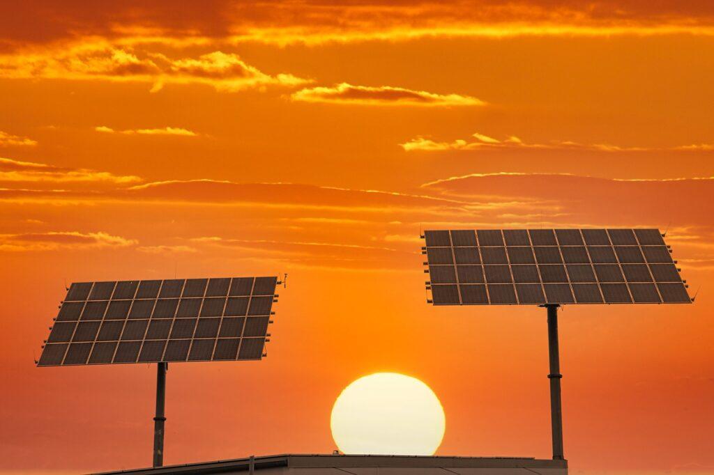 Sunset Solar Energy Sun  - foto-westphal / Pixabay