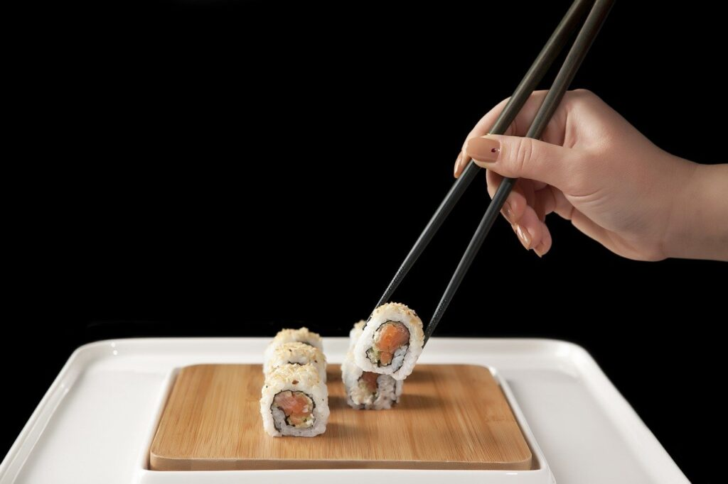 Sushi Fish Roll Rice Meal  - onderortel / Pixabay