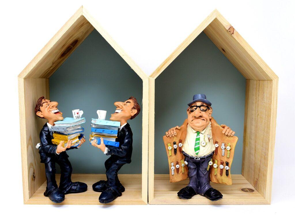 Tax Office Watch Dealers Tax Evasion  - Alexas_Fotos / Pixabay