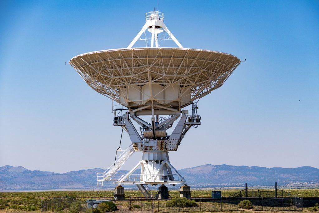 Telescope Dish Array Very Large  - mdherren / Pixabay