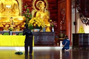 Temple Religion Buddhism Altar  - Tho-Ge / Pixabay