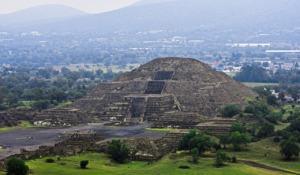 Teotihuacan Pyramid Of The Sun  - JordiMA1587 / Pixabay